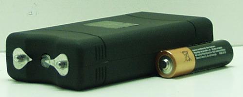 Электрошокер с фонариком №800