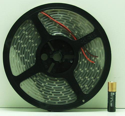 Светодиодная светящ. лента (бел.) 5m 300л. №3528