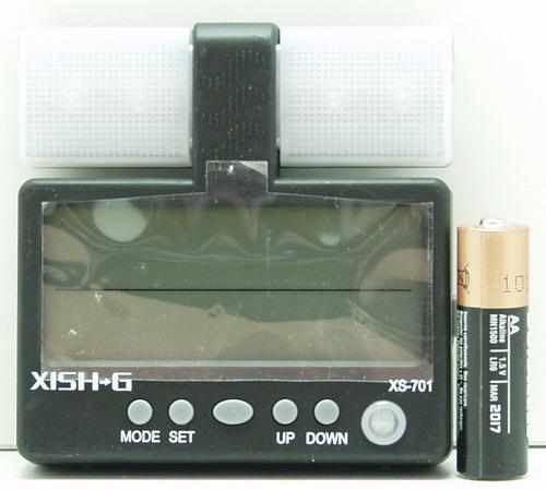 Часы автомобильные №701 (XS-701) с подсветкой. темпер.