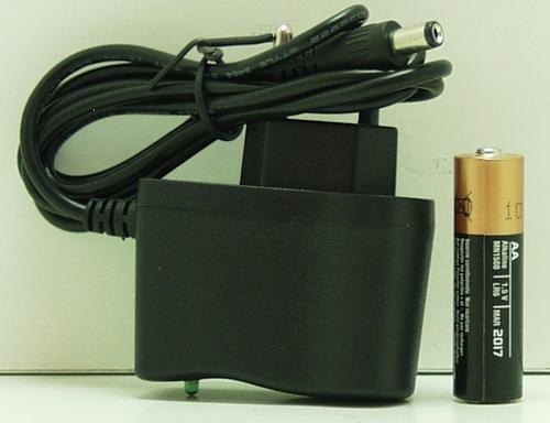 Блок питания (5V 1A) HDL-0650 толст. штек. (5,5*2,5)