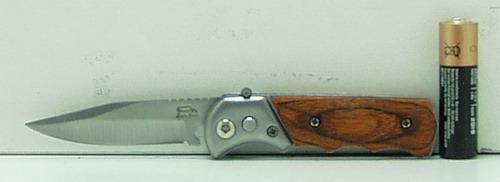 Нож 273 (A273) мал. выкид., дер. ручка