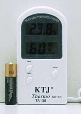 Термом.+ гигрометр цифр. с датч. на улицу  TA-138