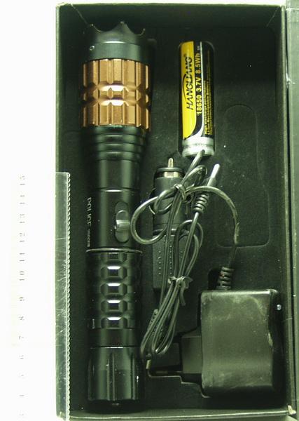 Электрошокер с фонариком  (1ярк.+ авто ЗУ+ аккум.) zoom X-5