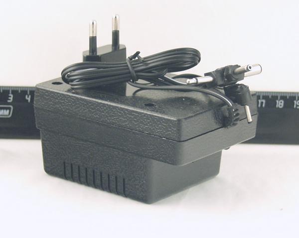 Блок питания  SL-328 (1200mA, 3-12 V)