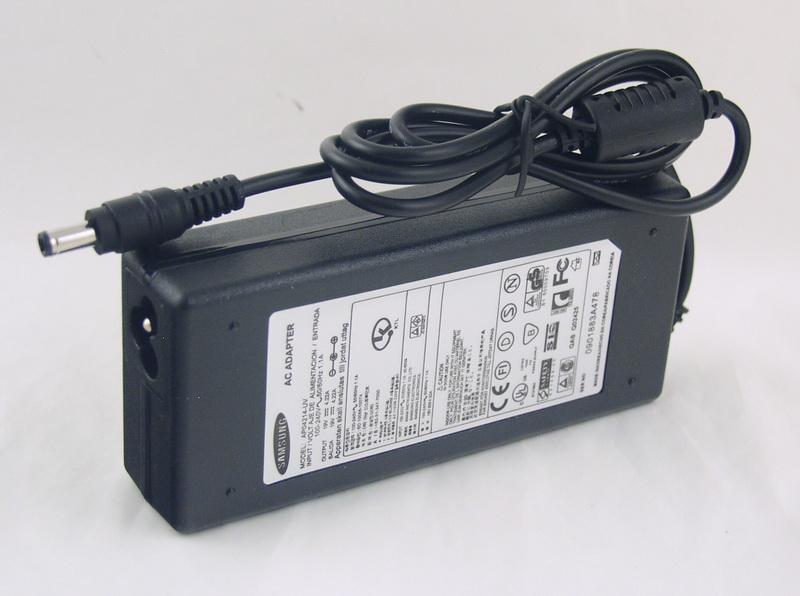 Блок питания для ноутбука (19V 4,22A 5,5*2,5) SAMSUNG