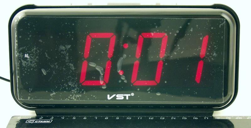 Часы-буд. электронные VST-806-1 (крас. циф.)