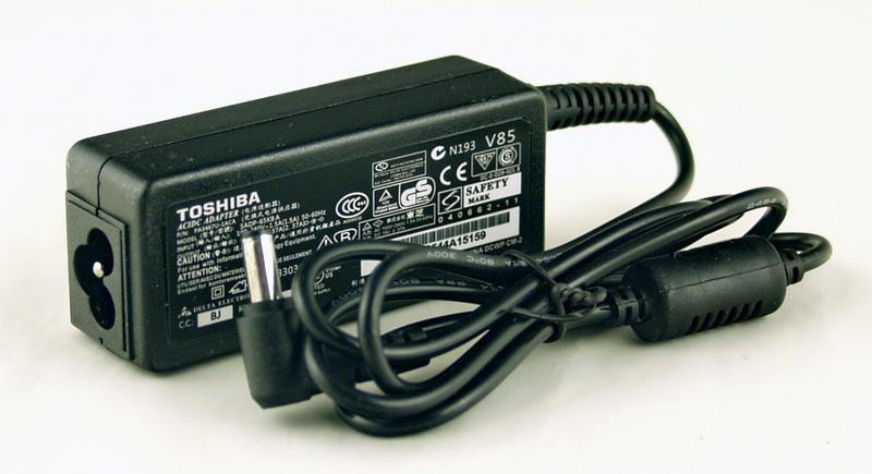 Блок питания для ноутбука (19V 2,37A 5,5*2,5) TOSHIBA