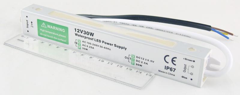 Блок питания для в/кам. (2,5A 12V) 30W водонепрониц.