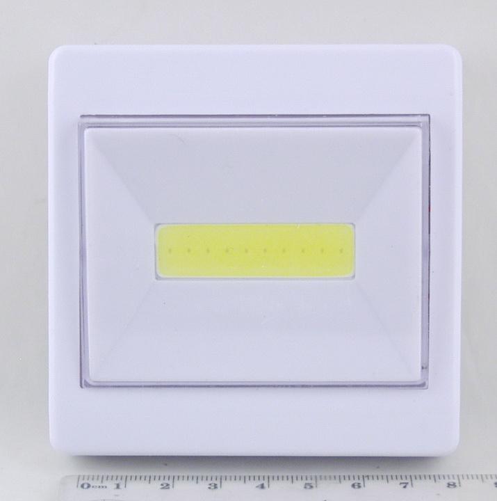 Фонарь светодиодный (1 больш. лампа, 3AAА) №305A(1052B) выключатель