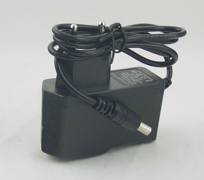 Блок питания (9V 2A=1,8A) LP-20 плоск. толст. штек. (5,5*2,5)