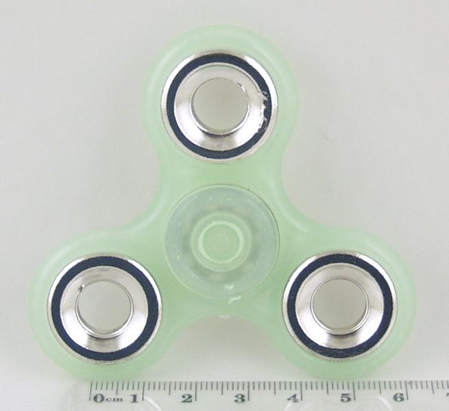 Спиннер пластиковый 3 лопасти NGY-3