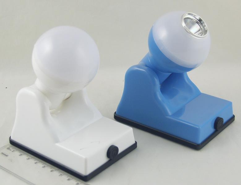 Фонарь светодиодный (1 больш. лампа, 3AА) №9001B (9002)
