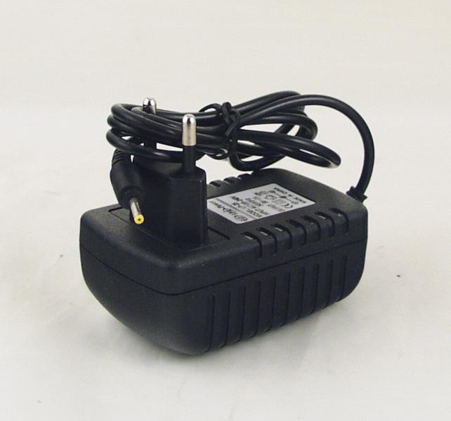 Блок питания (5V 2A=2A) для планшета LP-25 тонк. желт. штекер