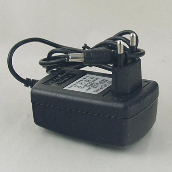 Блок питания (9V 3A=2A) LP-26 (LP-40) толст. штекер (5,5*2,5)