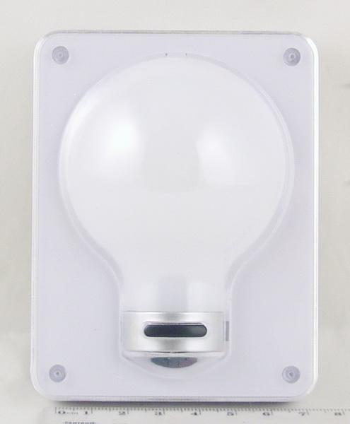 Фонарь светодиодный (1 больш. лампа, 3AAА) №311 лампочка