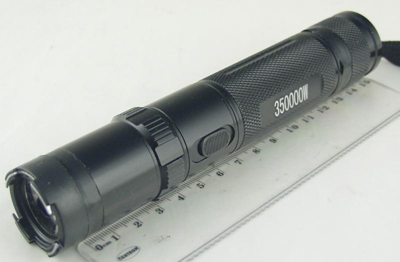 Электрошокер с фонариком №910
