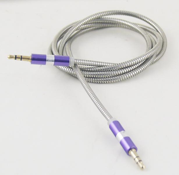 Шнур AUX (Джек 3,5 - Джек 3,5) 1м метал. M-09