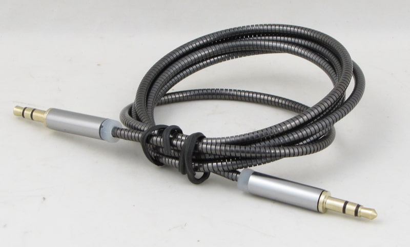 Шнур AUX (Джек 3,5 - Джек 3,5) 1м метал. M-12