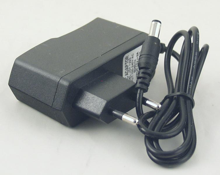 Блок питания для в/кам., DVD (2A 12V) №1220X толст. шт. (5,5*2,5) плоский