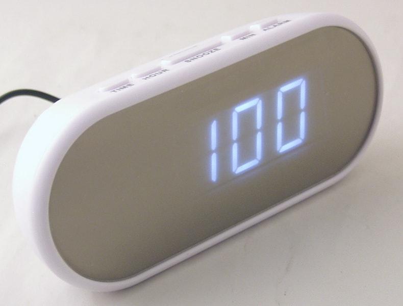 Часы-буд. электронные VST-712Y-6 (белые циф.)