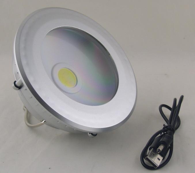 Фонарь светодиодный (1 больш. лампа, 3AА+ аккум.) Y-811 солнечн. батар.