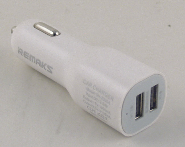 Блок питания для MP3 (2 USB,без шн.) 5V 2,1/1A прикур. №9188 REMAX